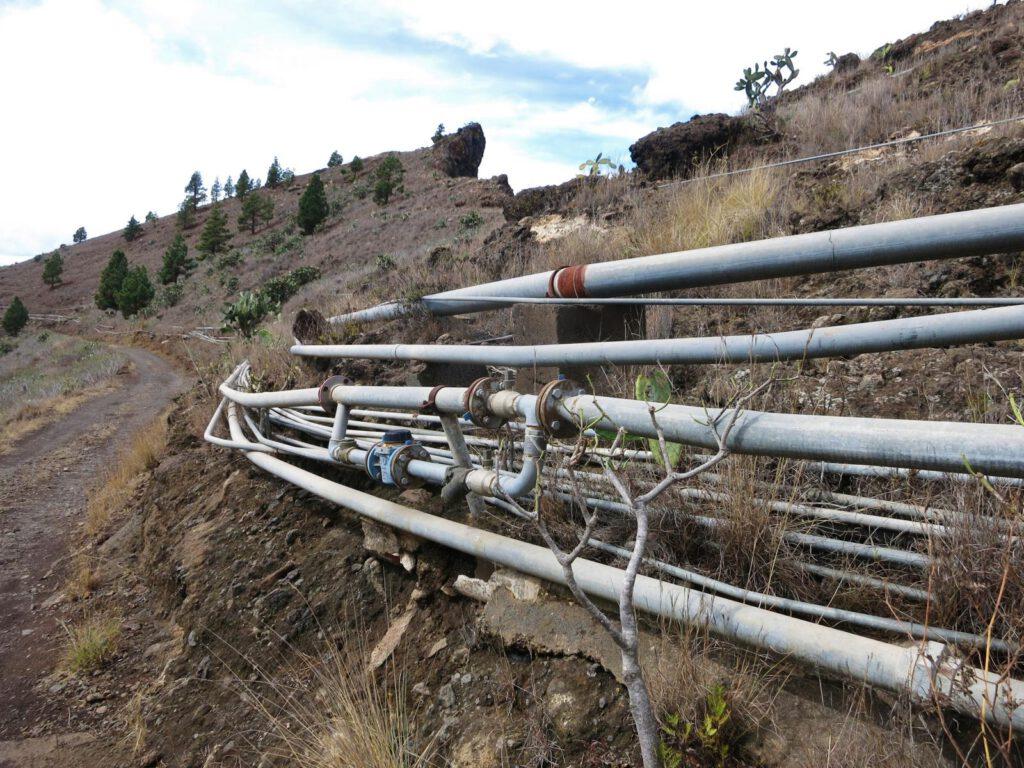 oberirdisch verlaufende Wasserleitungen
