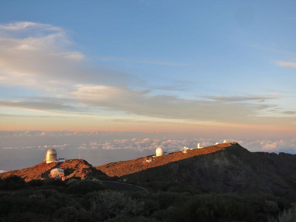 Sonnenuntergang auf dem Roque de los Muchachos Sonnenuntergang auf dem Roque de los Muchachos